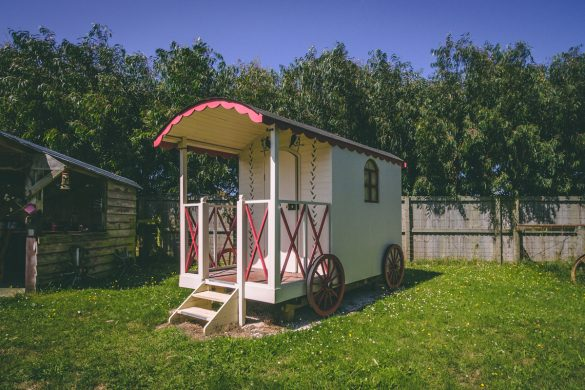 Glamping in Kaikoura: Wacky Stays