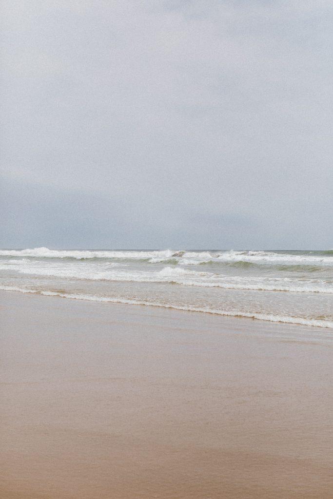 Waves at the Mount Maunganui beach in Tauranga