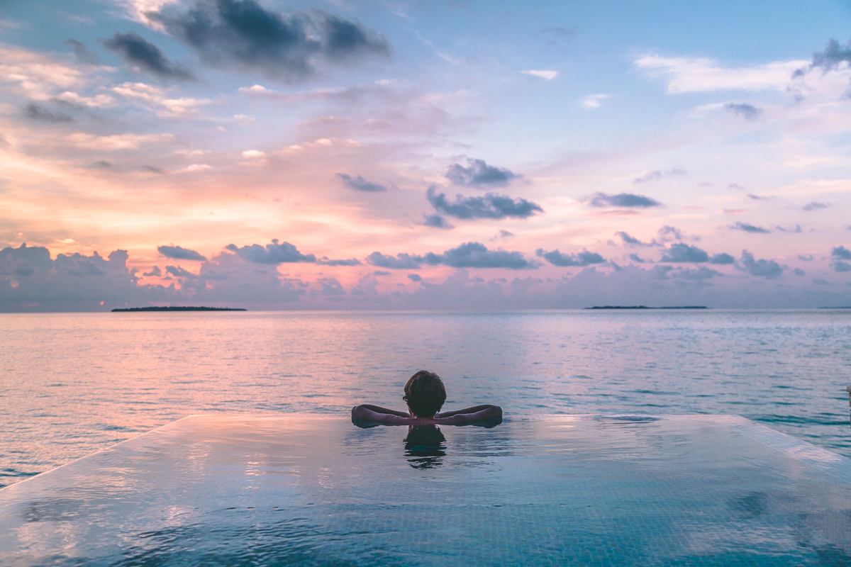 thestylejungle_Maldives_Dhigali_sunset_travelblog
