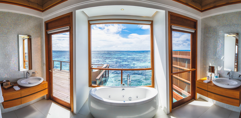 thestylejungle_Maldives_Kandolhu_bathroom_overwater_villa_travelblog